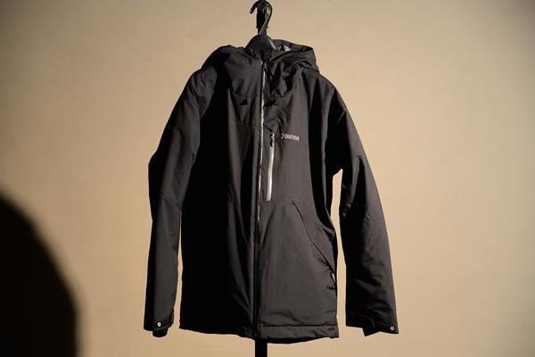 Marmotのジャケットを買う